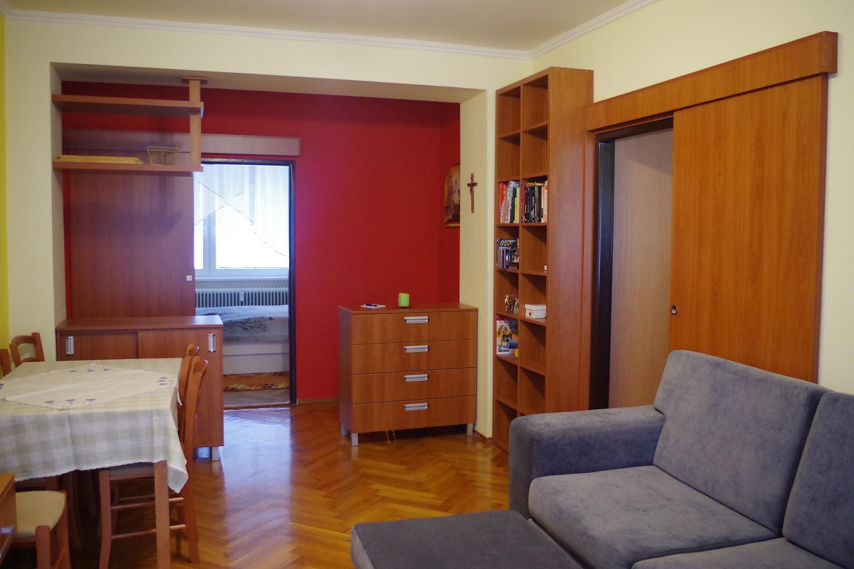 3-izbový byt s balkónom, N.Zámky