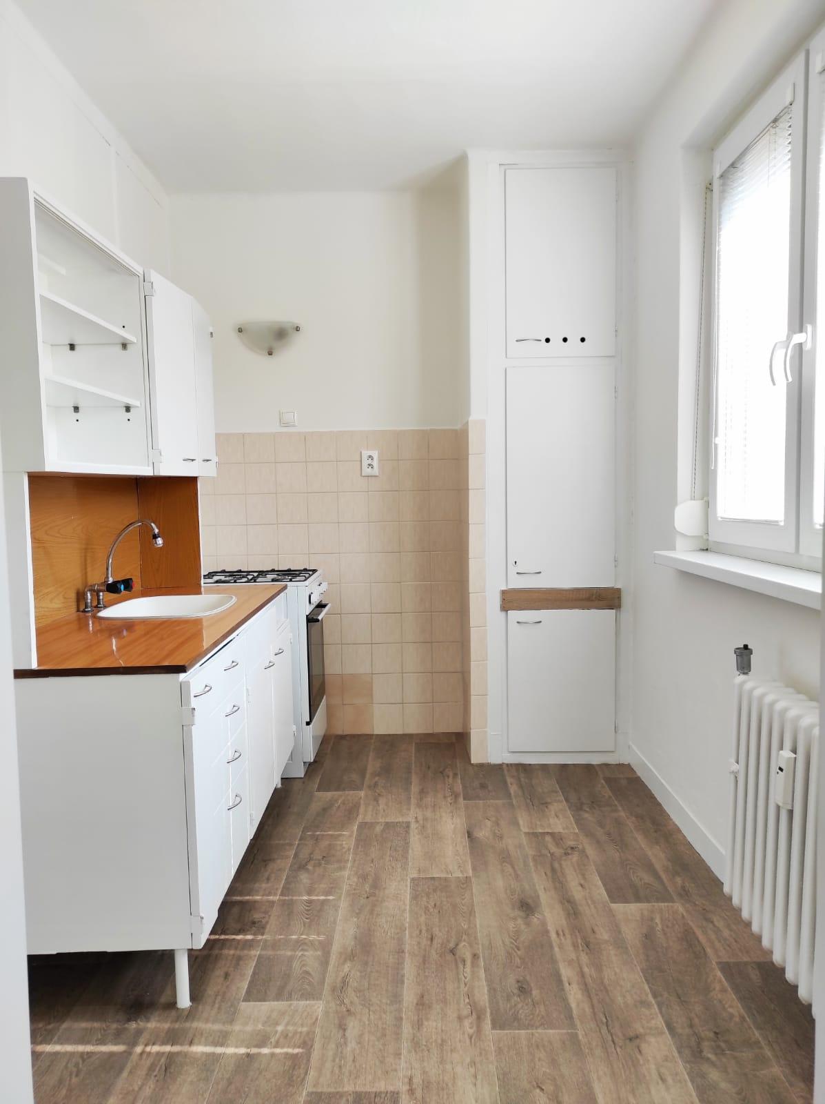Exkluzívne iba u nás v ponuke!!! Prenájom pekného 2 izbového bytu na Léckej ulici